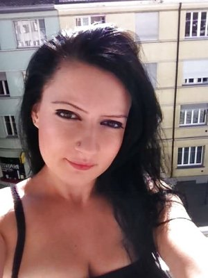 Marie-fabienne ladyxena escort girl massage